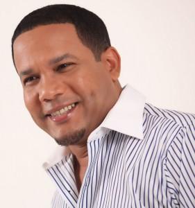 Hector-Acosta-El-Torito1